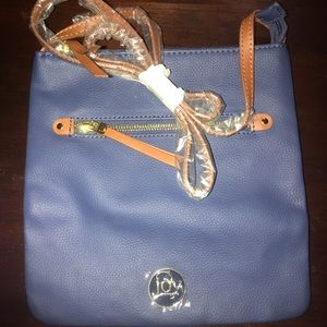 BRAND NEW Joy Mangano Leather Crossbody bag! 🛍💫
